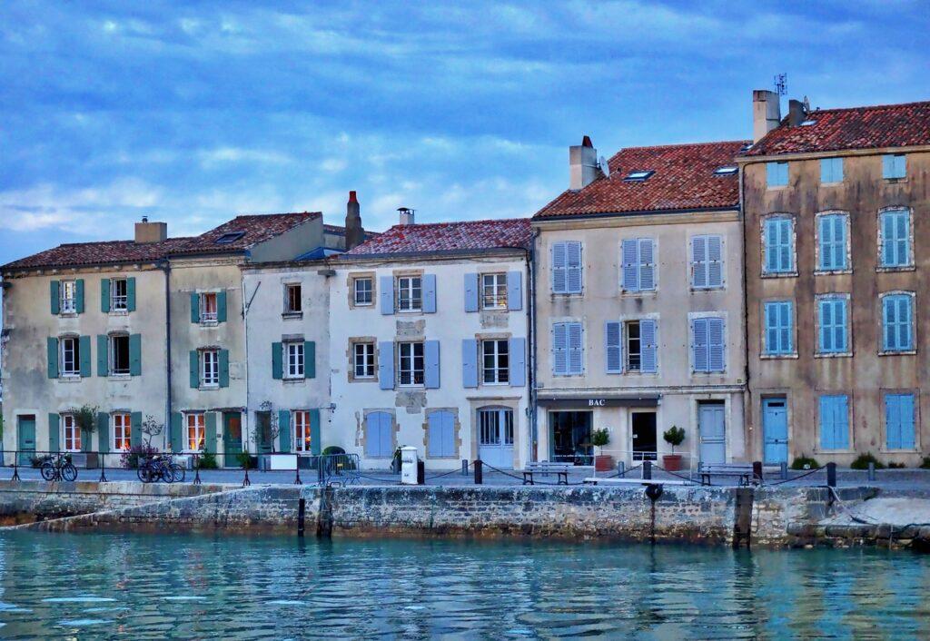 ile de ré à découvrir lors de votre road trip en France
