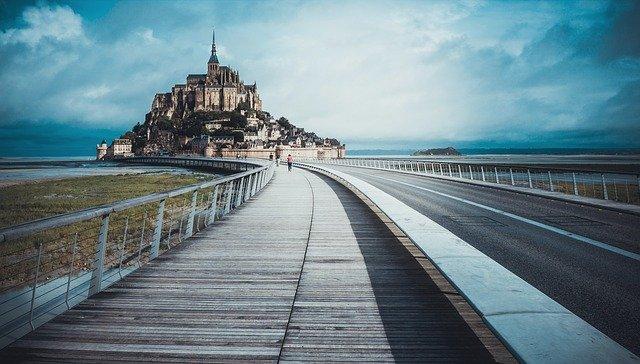 mont saint michel lors d'un road trip en France en Normandie