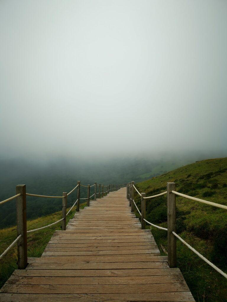 marches pour atteindre le sommet du puy pariou