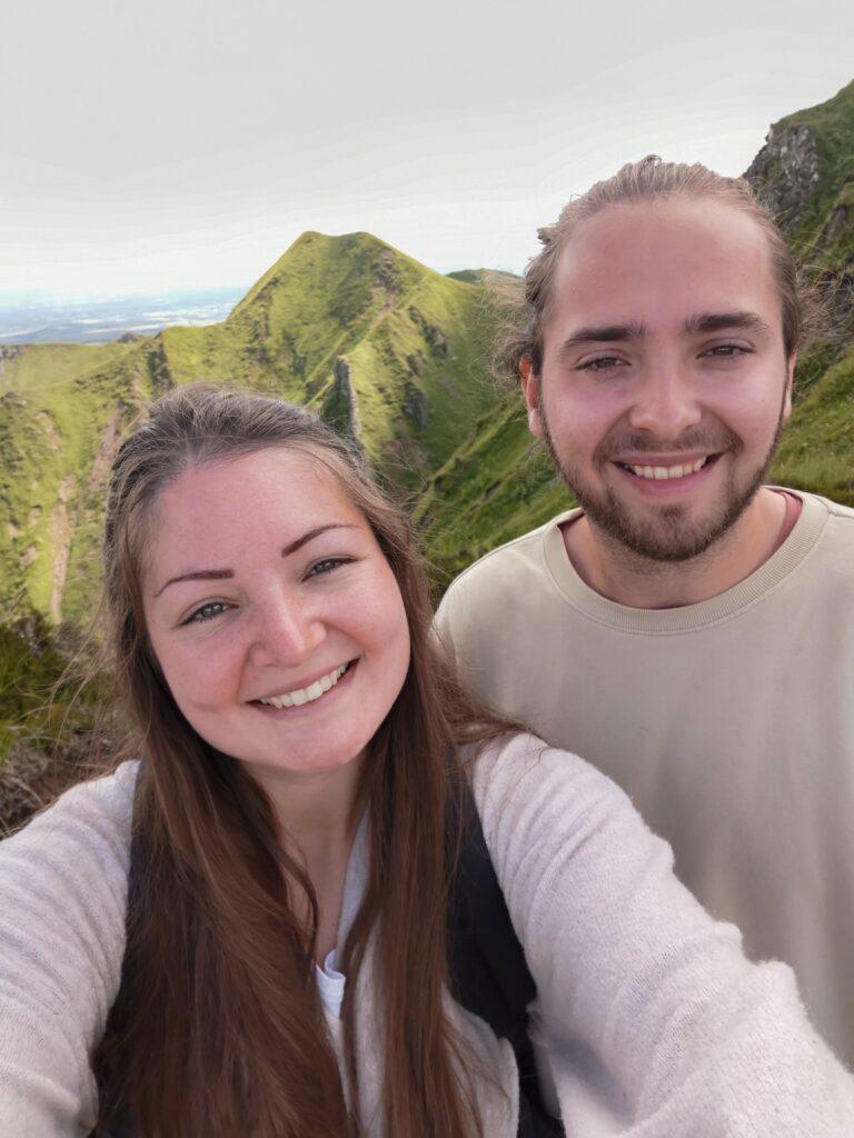 gabriel et johanna au sommet du puy de sancy